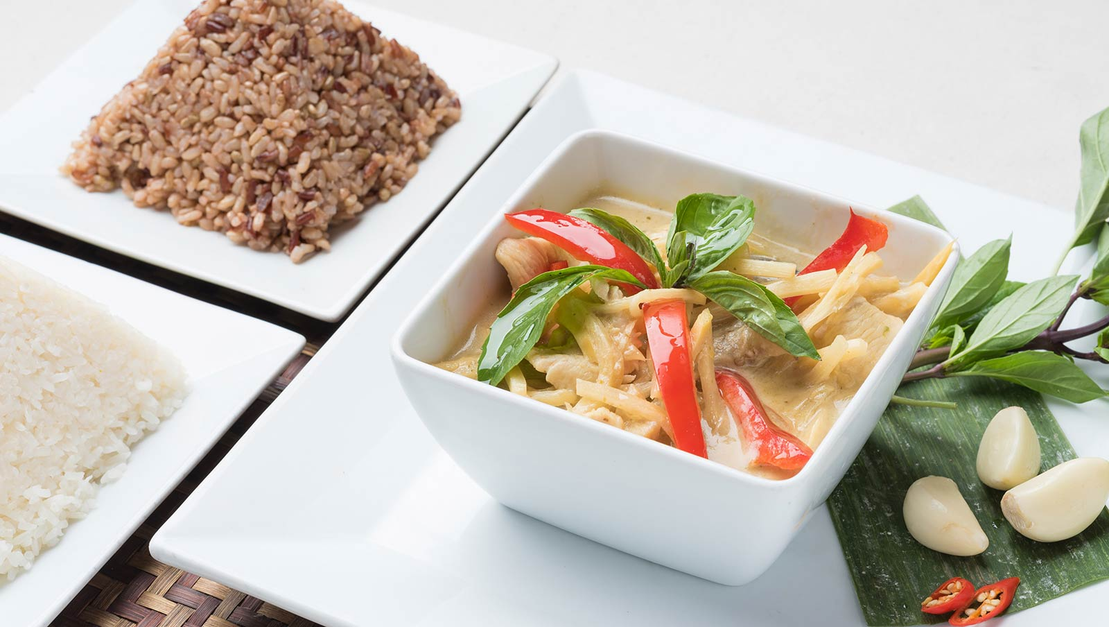 107---Green-curry-with-chicken