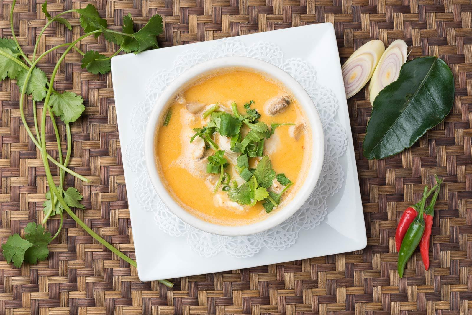 120---Tom-Kha-Kai-soup